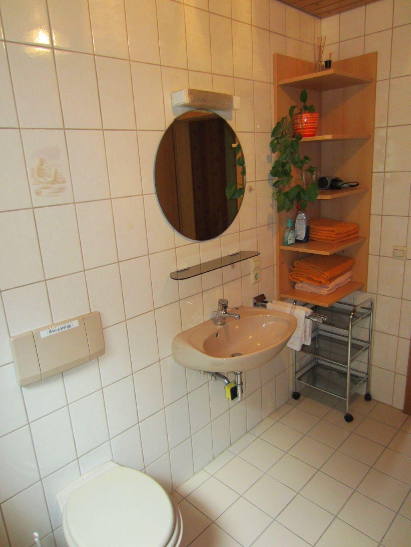 Flat bathroom Terrassenblick