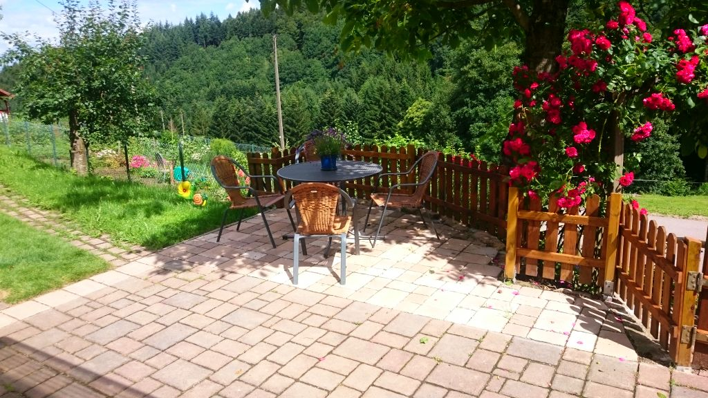 The barbecue area in the lower vacation home Terrassenblick